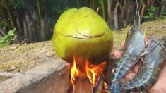 NEW 바베큐 메뉴: 코코넛에 삶은 새우