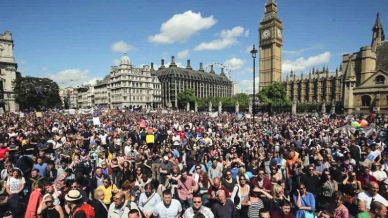 英런던, 브렉시트 반대시위 만 여 명 참여