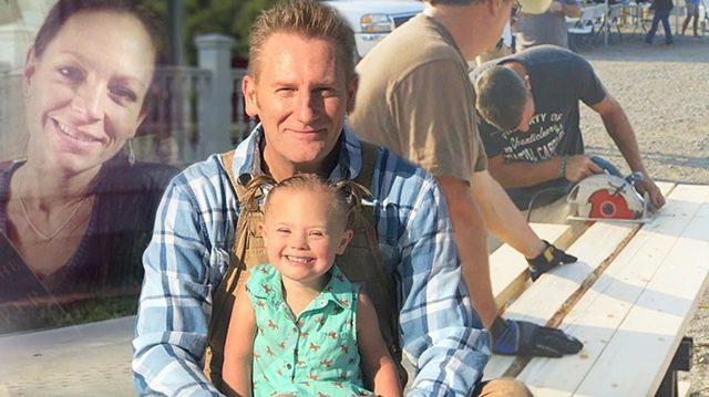 싱어송라이터 로리 피크, 장애 딸 위해 감동의 홈스쿨 짓다