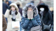 """[종합]살 찌르는 추위에 출근길 고통…""""밖에 나가기 무섭다"""""""