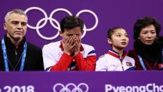성과없이 귀환해야할 북한 선수들 괜찮을지 걱정하는 외신기자