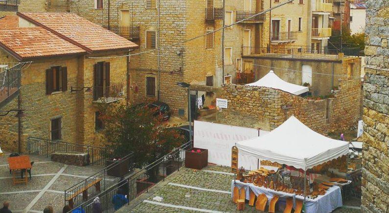 이탈리아의 아름다운 섬마을 '올로라이', 집값 1달러