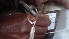 '35년간 길거리에서 쓴 시' 출판하는 노숙자(영상)