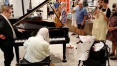 80세에 유명해진 비운의 피아니스트 (영상)