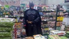 제주도에 등장한 배트맨, 그는 누구일까..