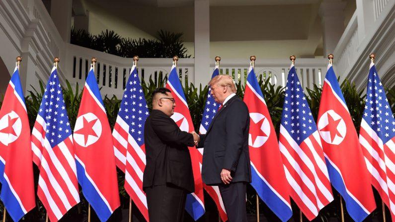 """김정은 """"모든것 이겨내고 이자리에""""..트럼프 """"좋은관계 맺을 것"""""""