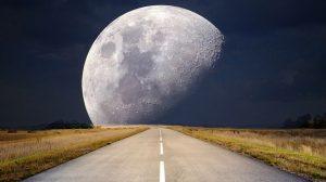 과학자들도 해명 못하는 달의 9가지 '미스터리'