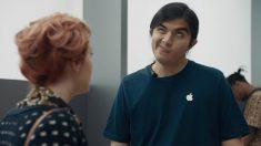 """""""우리가 제일 빨라"""" 삼성, 미국서 애플 아이폰 조롱 광고"""