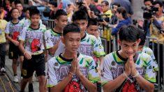 태국 동굴 소년들, 숨진 잠수부 기리기 위해 9일간 출가