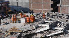인도서 6층 건물 붕괴..2명 숨지고 수십명 매몰