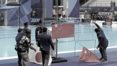 태극기는 거꾸로·오성홍기 추락…아시안게임 국기 게양 말썽