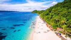 폐쇄했던 필리핀 보라카이 섬 10월 26일 재오픈