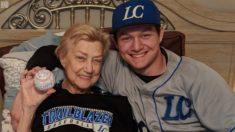 '한 사람을 위한 경기' 동료들과 마당에서 야구한 대학 유망주