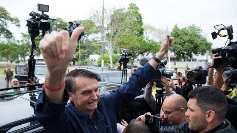 브라질 대선 1차 투표서 극우 보우소나루 후보 1위