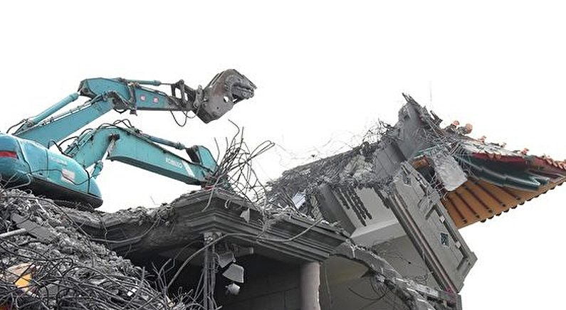 대만, 오성홍기 게양하는 '공산당 절' 강제 철거