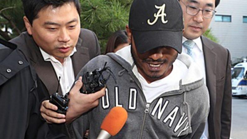 '저유소 화재' 스리랑카인 근황..이틀만에 석방