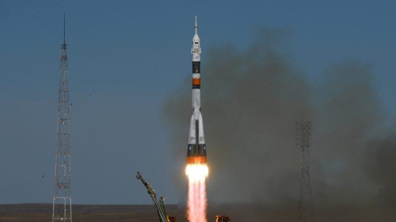 우주인 2명 태우고 우주정거장 향하던 러 우주선 추락