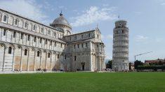 17년간 4㎝ 바로 선 이탈리아 '피사의 탑'