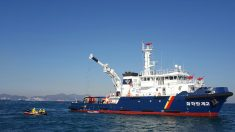 여수 오동도 해상에 벙커C유 유출…방제 완료(종합)
