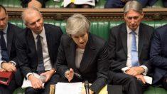 "BBC ""英 총리, 브렉시트 합의안 표결 취소할 것"""
