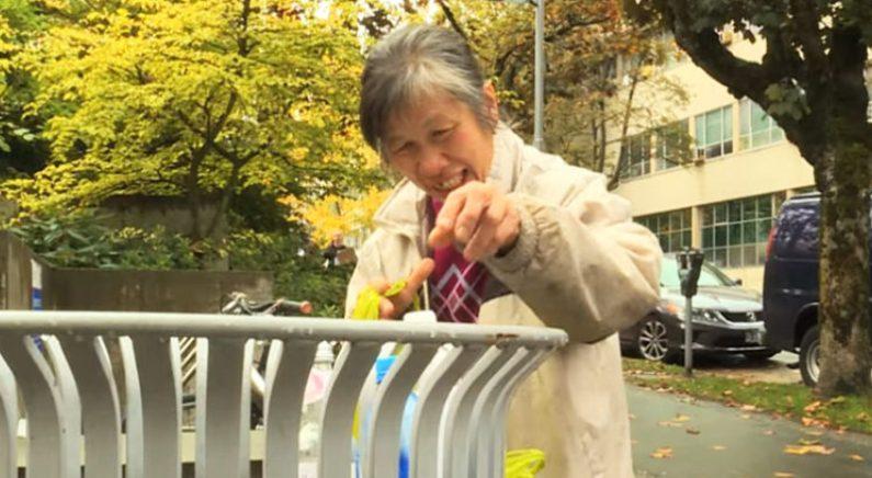 """21년간 매일 폐지 주워 모은 1만 2천달러 기부한 캐나다 할머니 """"난 모두를 사랑해"""""""