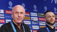 한국에 1대 0 패배 후에도 '미소' 지은 필리핀 축구 국가대표팀 에릭손 감독