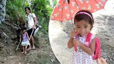 5살 어린 딸, 시각장애 아빠 도우미 '매일 맨발로' 코코넛 농장 출퇴근