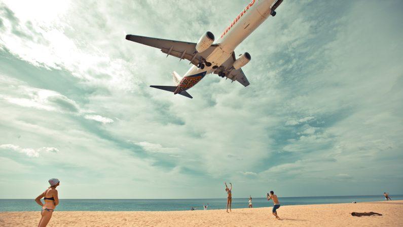 푸껫 '셀카 명소' 공항 인근 해변 '사진 촬영 금지'
