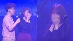 여친에게 노래 불러주려고 콘서트 무대 위에 오른 일반인 남성의 '반전 가창력' (영상)