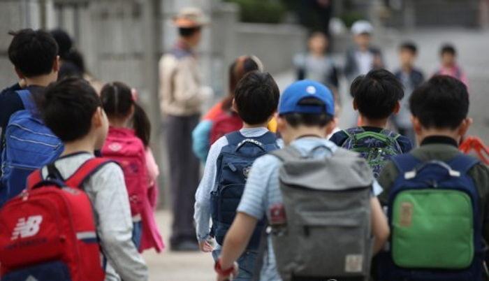 '초등학생이 교사에 폭언·폭행' 매년 늘어…지난해 122건