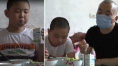 """""""뚱뚱하다""""고 놀림받는데도 눈물 꾹 참고 10kg 찌운 11살 소년의 사연"""