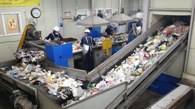 [르포] 쓰레기 재활용률…우리나라 40% vs 일본 80%