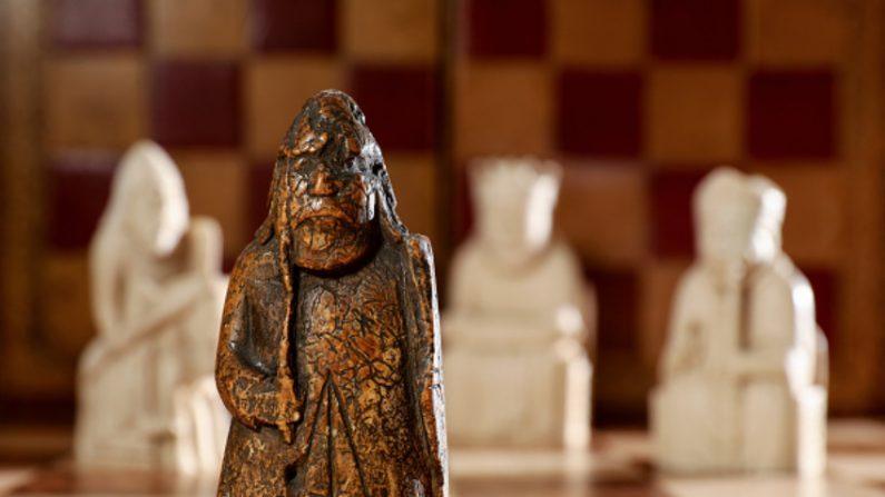 55년 전 7500원 주고 산 '체스말'이 대영박물관 전시품과 한 세트