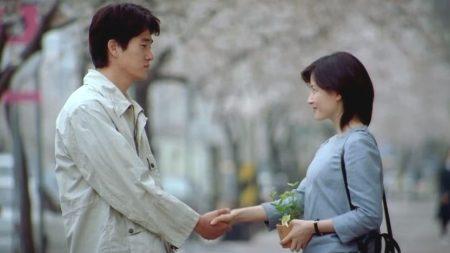 """""""남자친구가 결혼합니다…"""" 누리꾼들 펑펑 울린 24살 여성의 사연"""