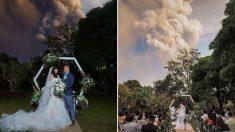 인근 지역 주민들 긴급대피 중인데 화산 폭발 배경 삼아 결혼식 올린 커플