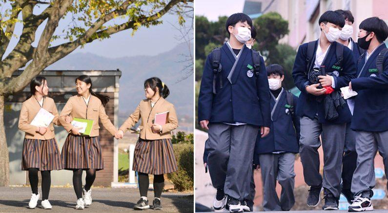 이번 달부터 '길이와 품' 넉넉하게 만든 한복교복 입고 등교하는 학생들