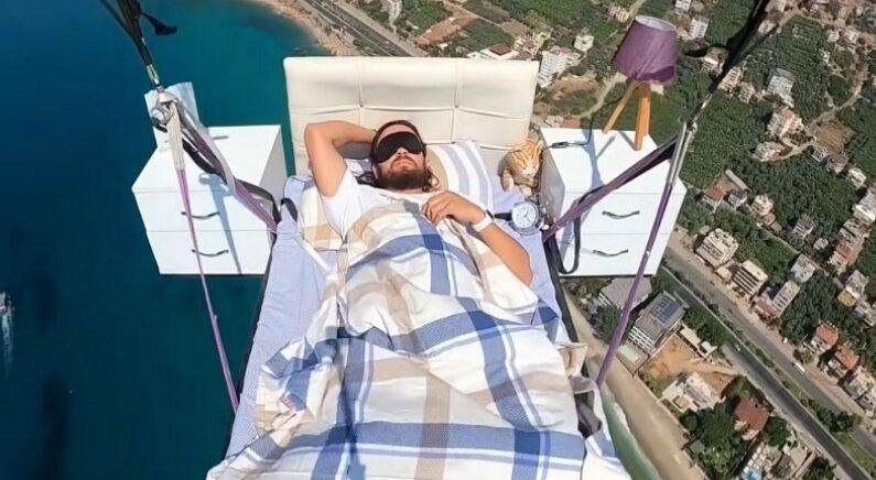 흔한 패러글라이딩 고인물이 '낮잠' 자는 방법 (영상)